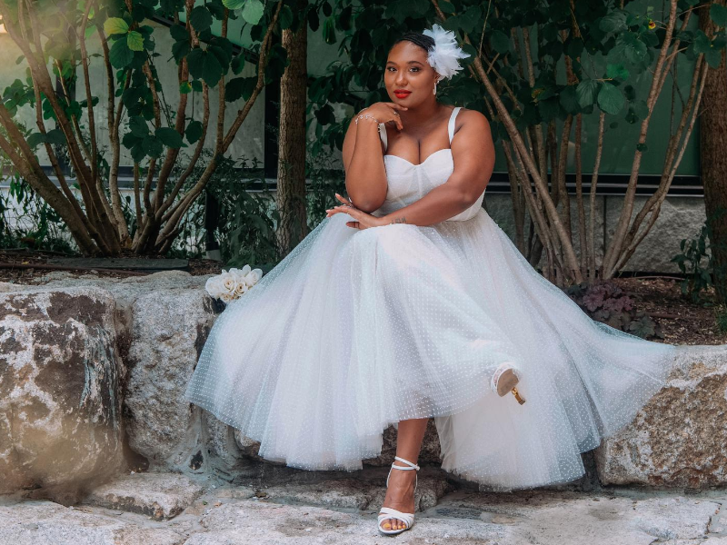 black plus size brides